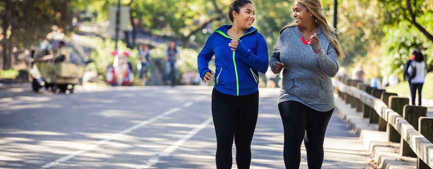 cammina o corri per bruciare i grassi
