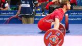 Guida allo strappo olimpico: la posizione di partenza