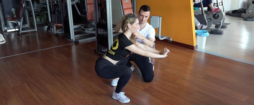 squat cervicale
