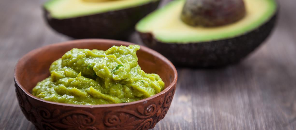 calorie avocado proprietà