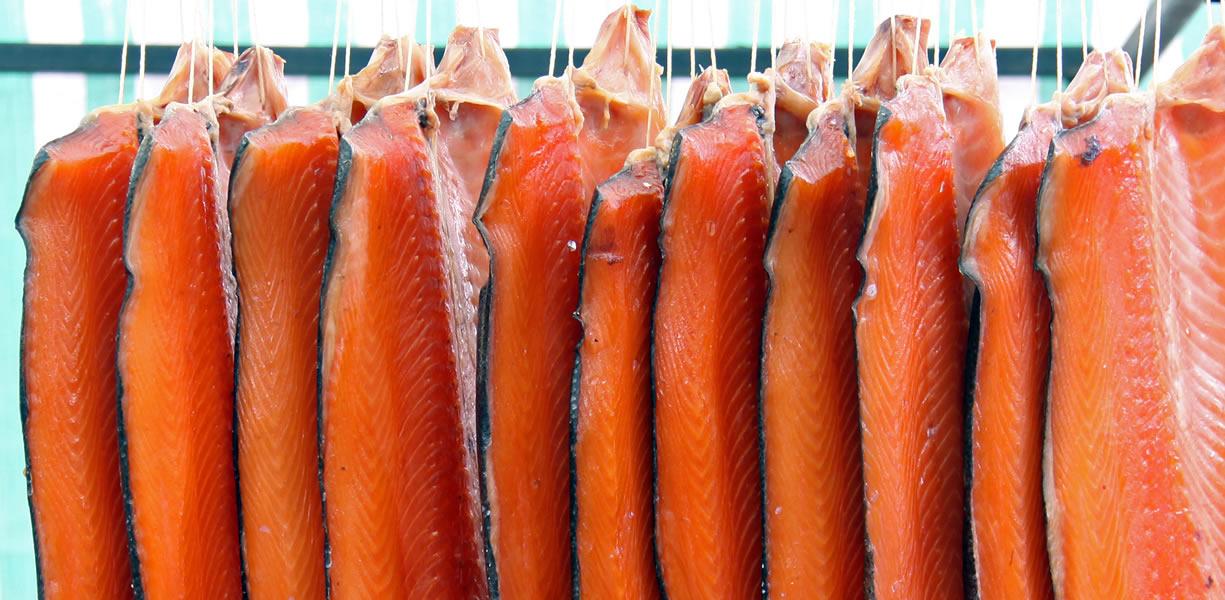salmone affumicato proprietà
