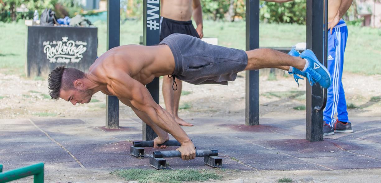 aumentare massa muscolare calisthenics