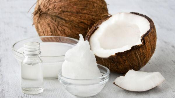 benefici di perdita di peso dellolio di cocco