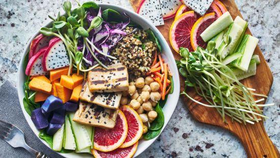 puoi mangiare quello che vuoi sulla dieta guerriera