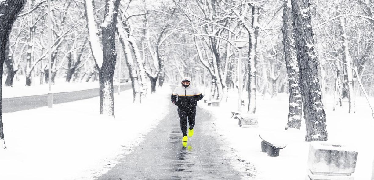 Correre al freddo: quali sono i benefici?