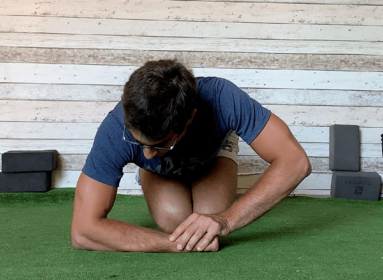 Esercizi stretching estensori polso