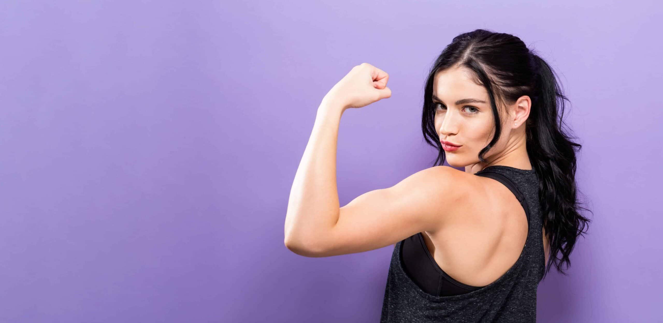 esercizi per braccia toniche donna