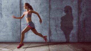 allenamento cardio o pesi per il dimagrimento