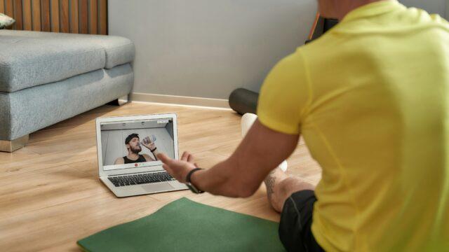 come diventare personal trainer online